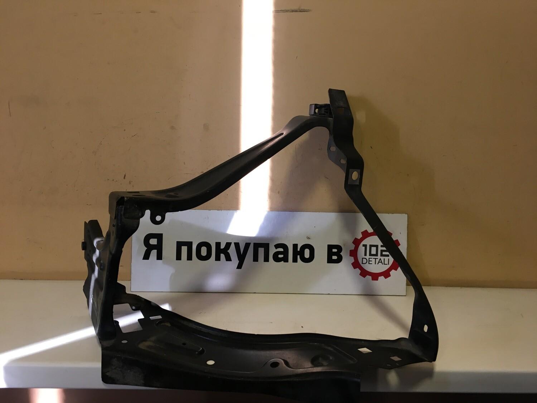 Крепление фары левой Mercedes GLK X204