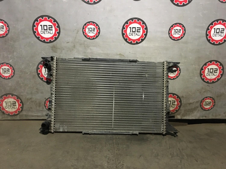 Радиатор охлаждения Audi Q5/Q3/A4 B8
