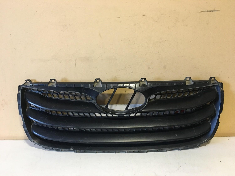 Решетка радиатора Hyundai Santa Fe