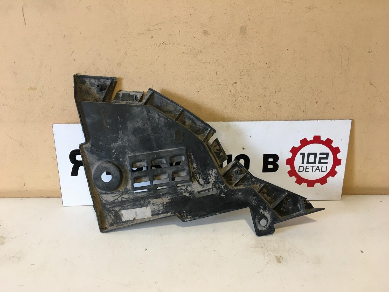 Пыльник переднего бампера правый Renault Logan 2