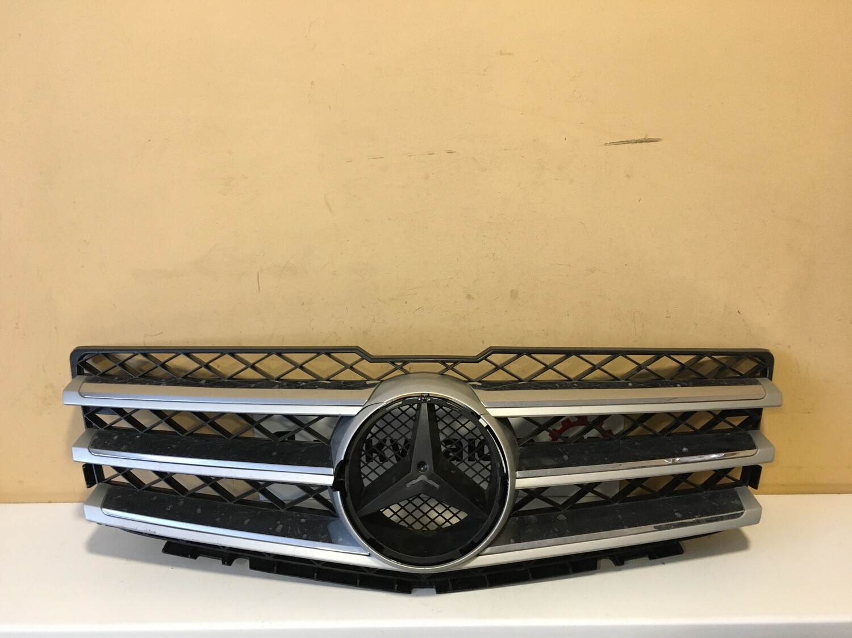 Решетка радиатора Mercedes GLK X204
