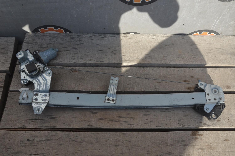 Стеклоподъемник передний правый Subaru Forester SJ