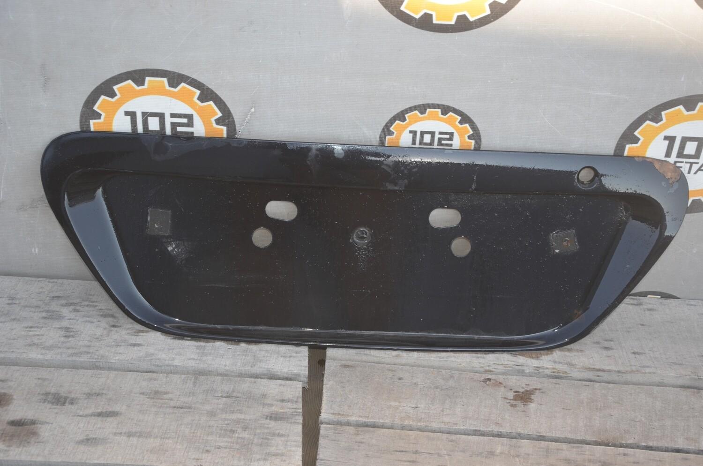 Накладка крышки багажника Mitsubishi Lancer 9
