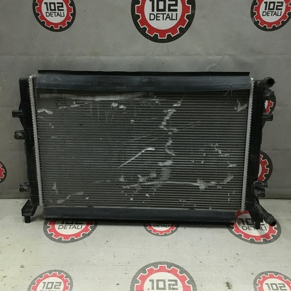 Радиатор охлаждения двигателя средний Audi/Skoda/Volkswagen
