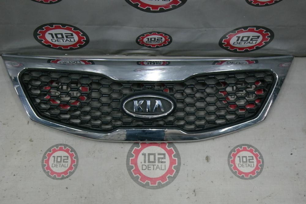 Решетка радиатора Kia Sorento 2