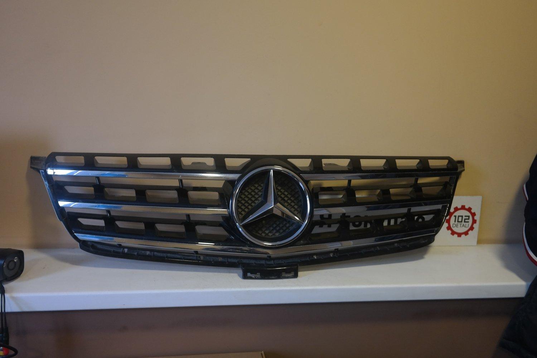 Mercedes W166 M-Klasse (ML/GLE) Решетка радиатора (2011--)
