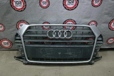 Решетка радиатора Audi Q3 (2012-2016)