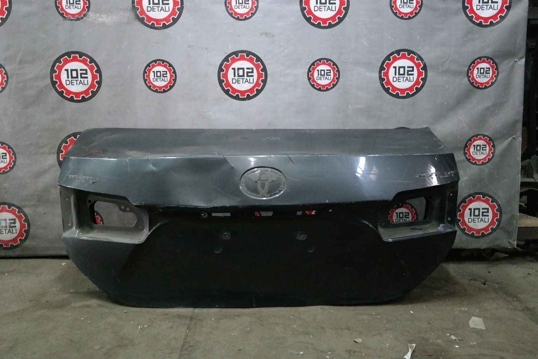 Крышка багажника Toyota Corolla E180
