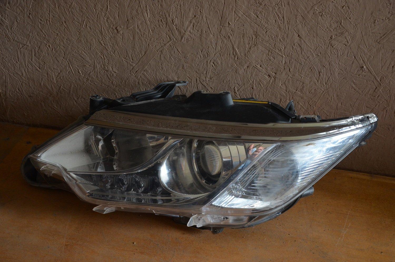 Фара левая Toyota Camry V55