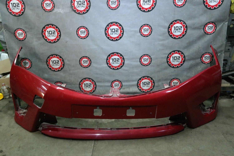 Бампер передний Toyota Corolla E180