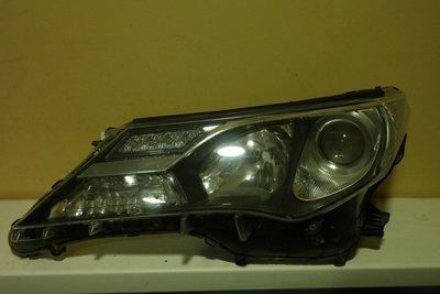 Фара левая Toyota RAV 4 Xenon 2013