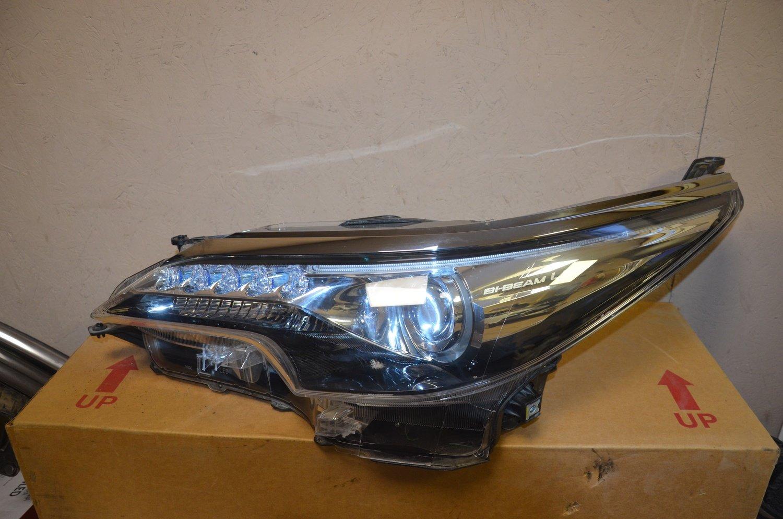 Фара левая Toyota Fortuner Bi-Beam LED