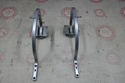 Петли крышки багажника Volkswagen Jetta 6