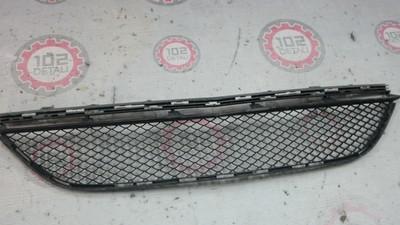 Решетка в бампер центральная MERCEDES BENZ W218 CLS (2010>)