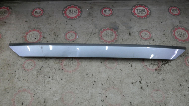 Накладка двери багажника Toyota Rav 4 (2015--)