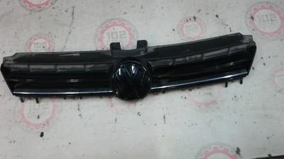 Решетка радиатора Volkswagen Golf 7