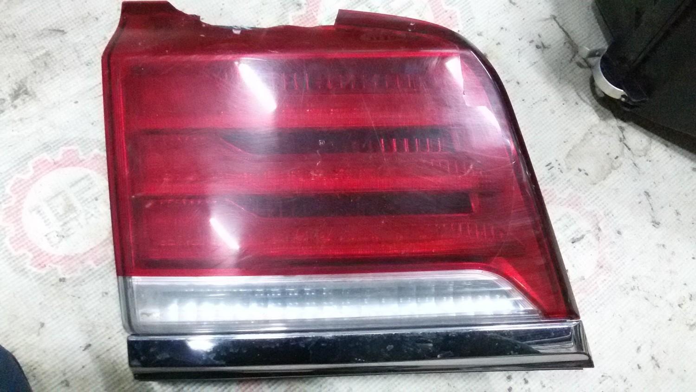 Фонарь задний наружный левый Lexus LX 570 (2012--)
