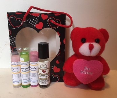 Holidays Naturally ~ Valentine's Gift Bag ~ w/3 Lip Balms, Small Stuffed Animal &