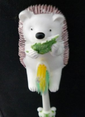 Maxwell & Friends Toothbrush & Happy Hedgie Holder Brown