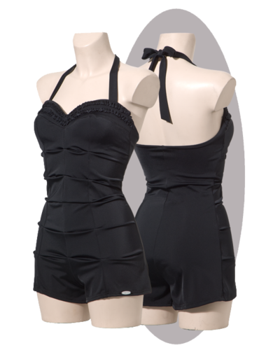 Bathing suit in black, with shorts, pleated front, ruffles.