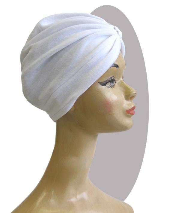 turban white velvet, 3 buttons