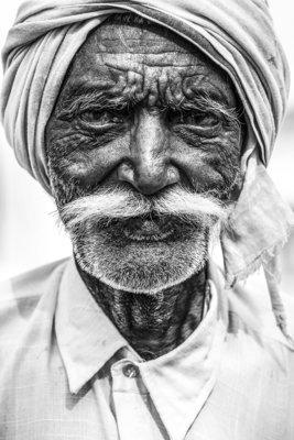 Moustache - Varanasi - Inde 2018