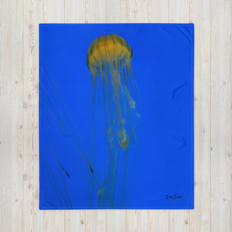 Jelly Fish Throw Blanket