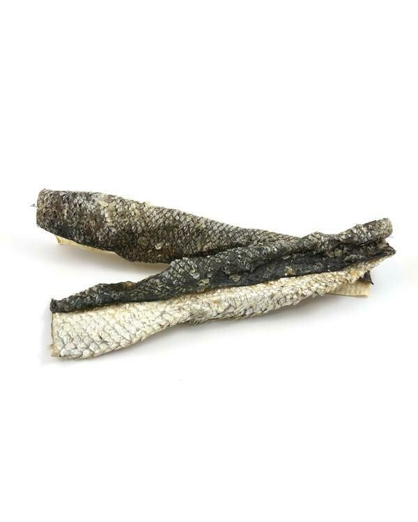 Salmon Skin Flatties 100g