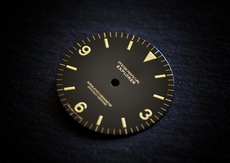Explorer I 1016 gloss dial