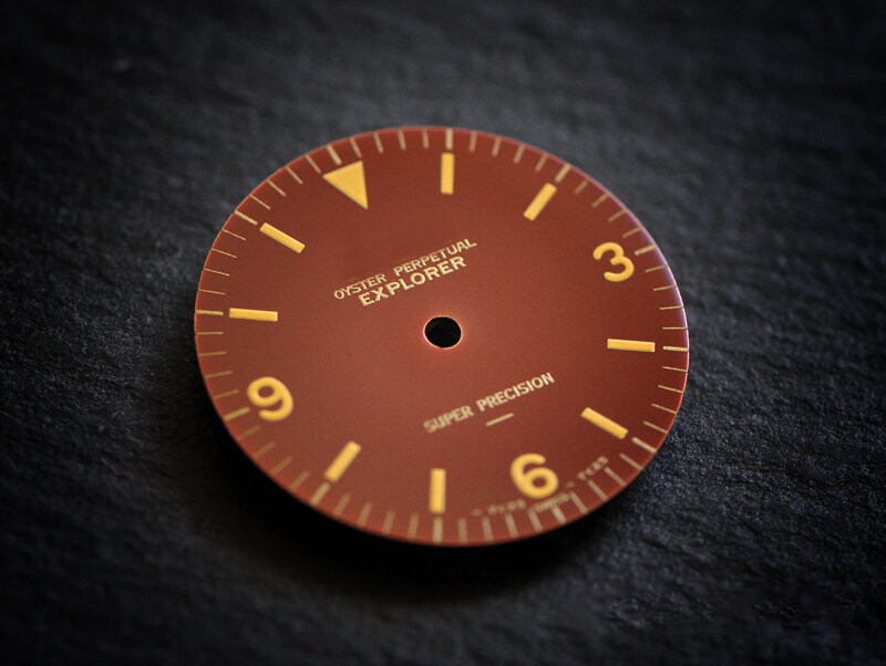 EXI 5500 underline chocolate gloss dial