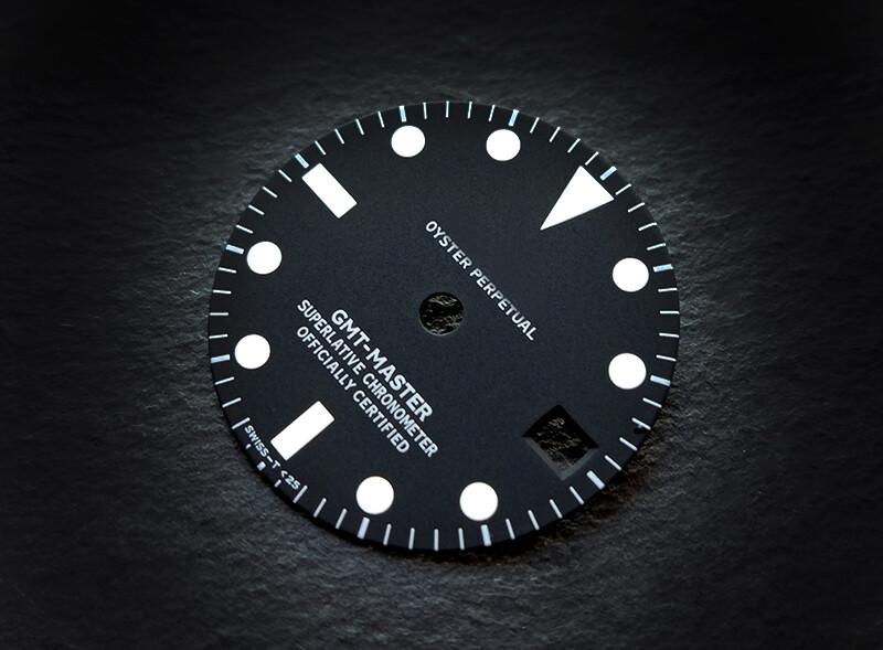 GMT 1675 white lume ETA dial