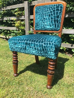 Set of 4 sprung dining chairs