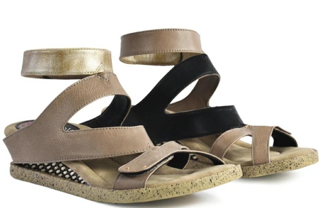 Mila 4-N-1 Sandal