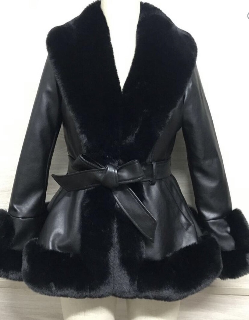 La Chic Belted Jacket