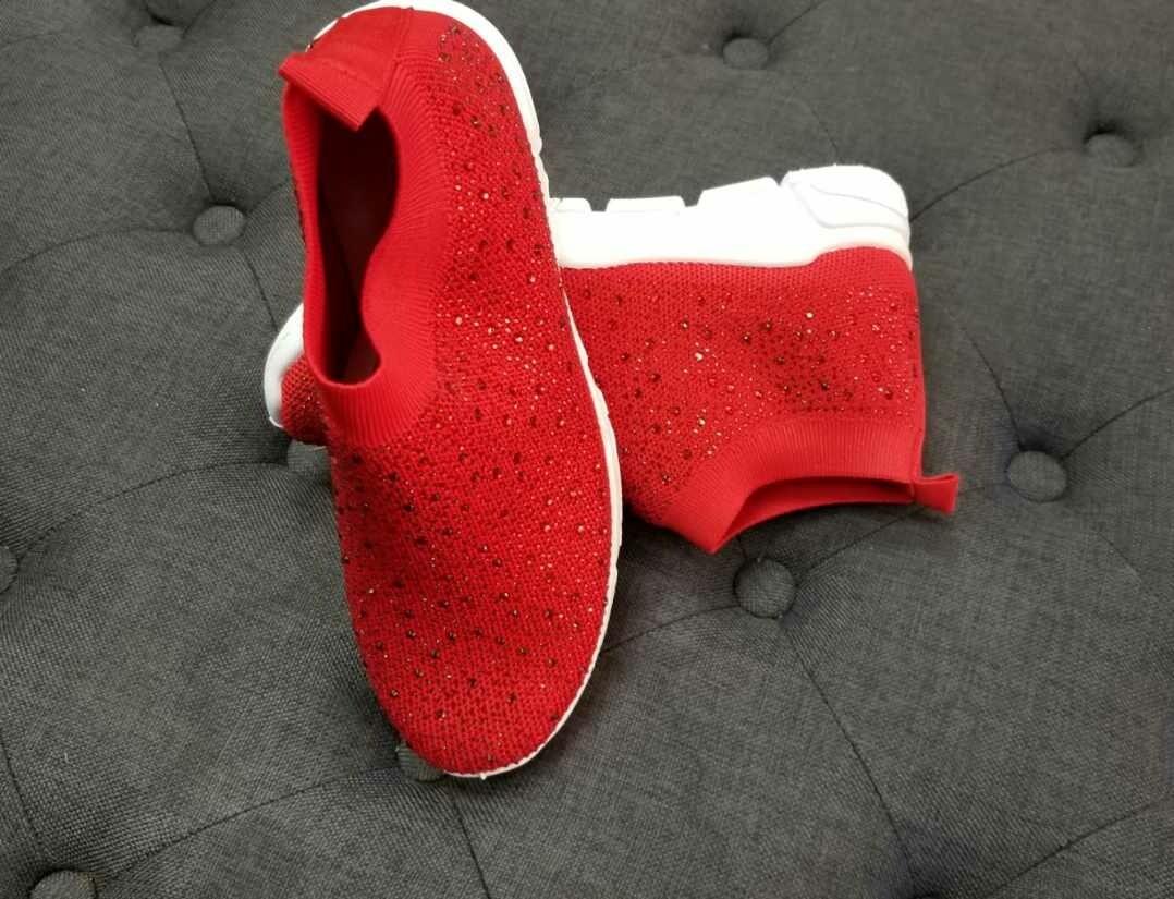 Red Diamond Sneaker