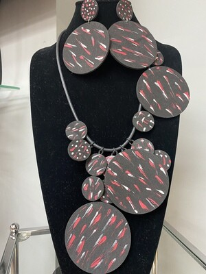 Rubberized Painted Necklace Set