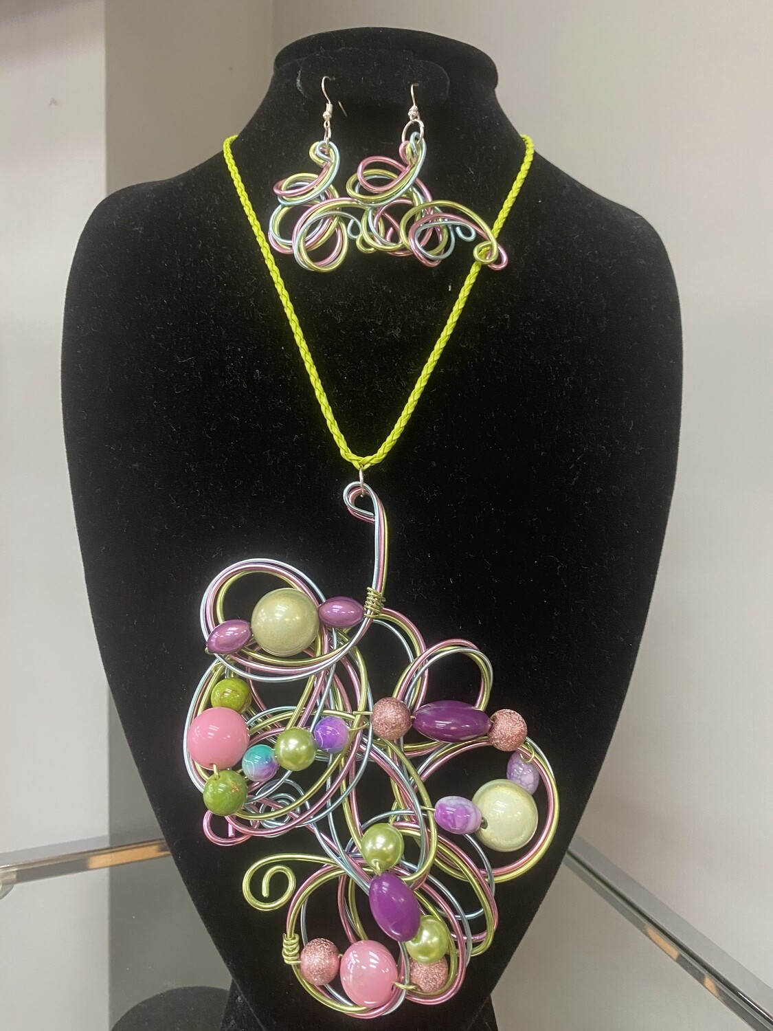 Wired AKA Necklace Set