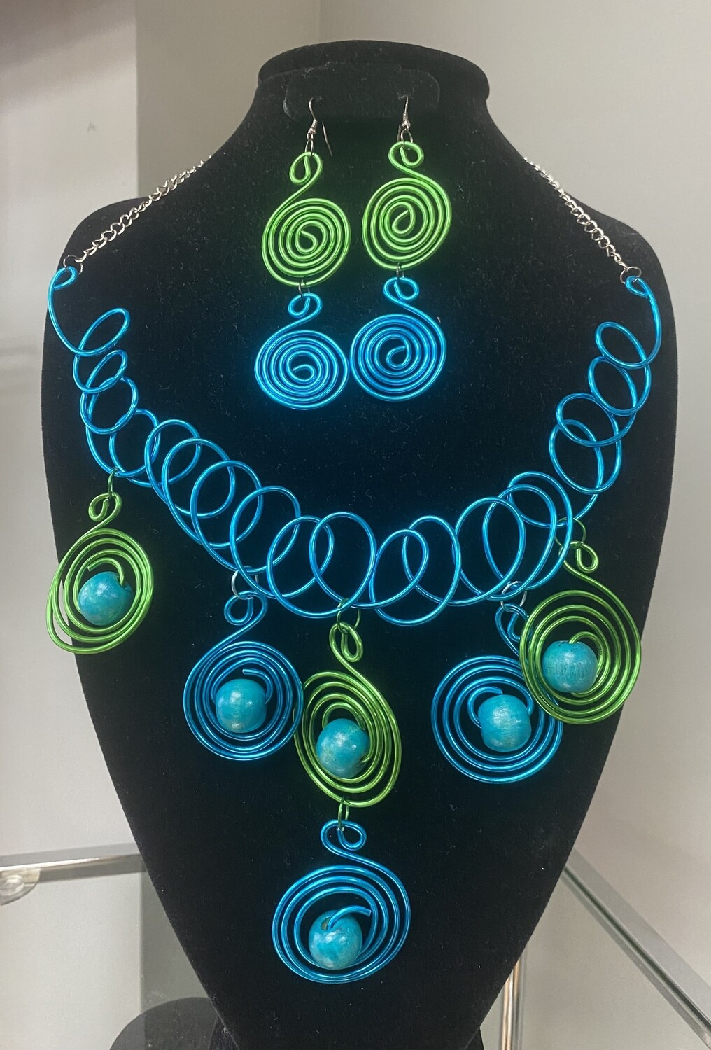 Wired Teal Blend Necklace Set