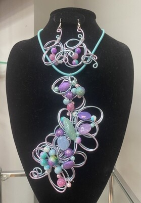 Wired Purple Pastel Necklace Set