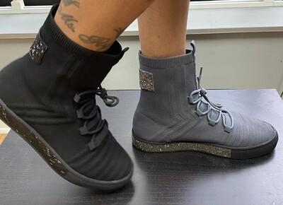 Sparkle Memory Foam Sneaker - Grey