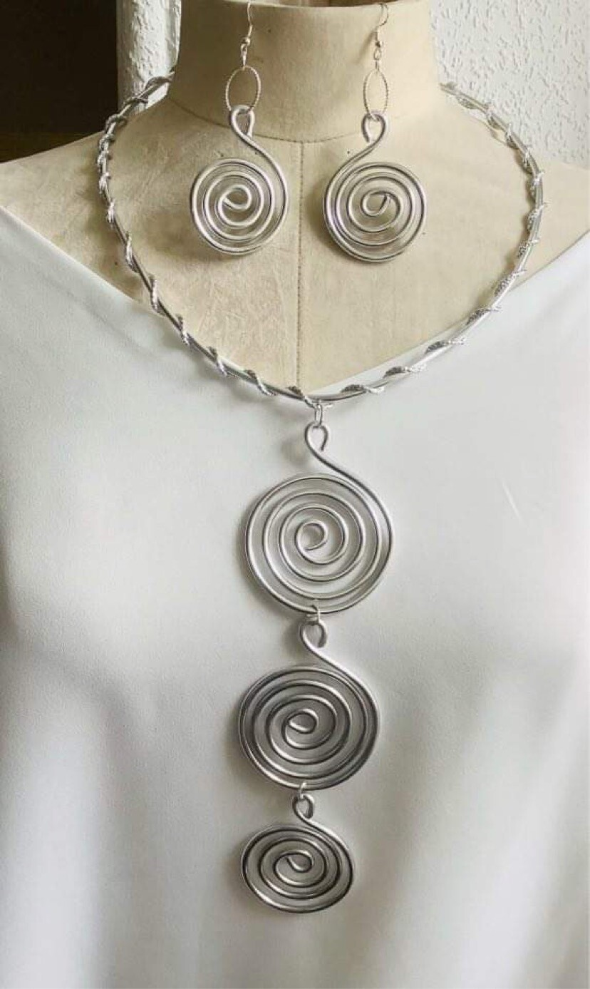 Silver Ring Necklace Set