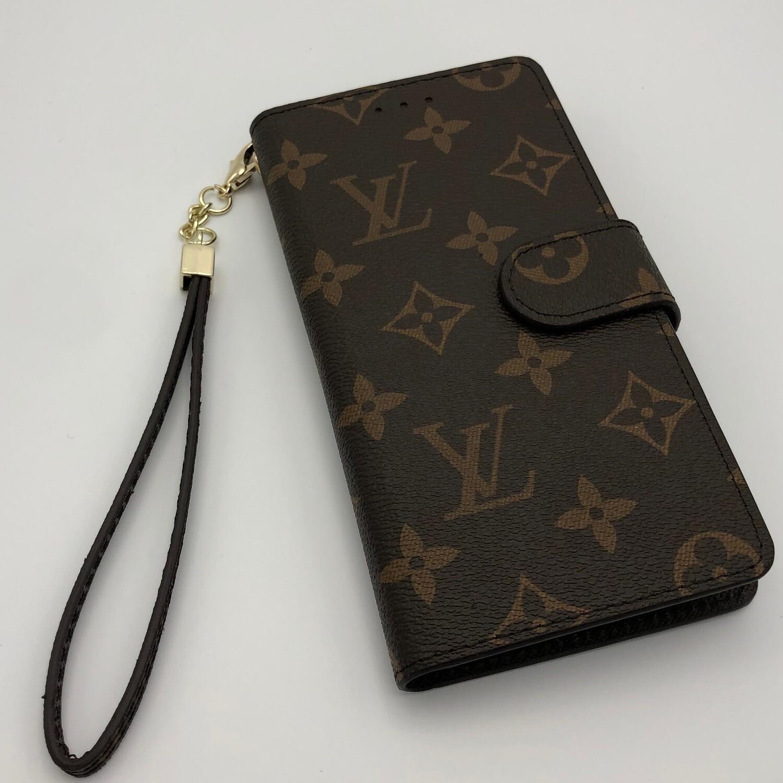 Universal wallet phone case