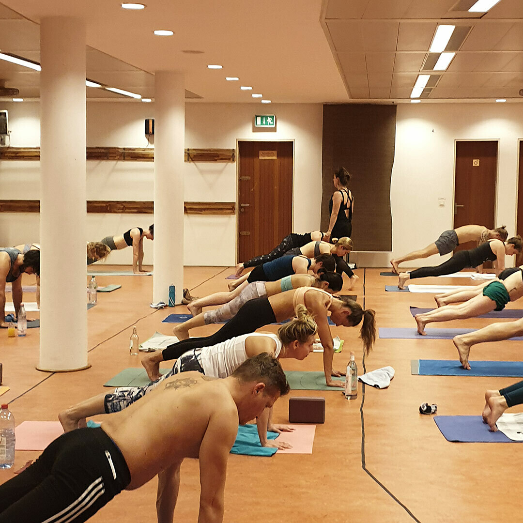 Hot Vinyasa 75h Yogalehrerausbildung 2020 Frühbucher bis 1.6.