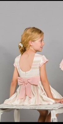 Vestido  beige y rosa palo escote espalda