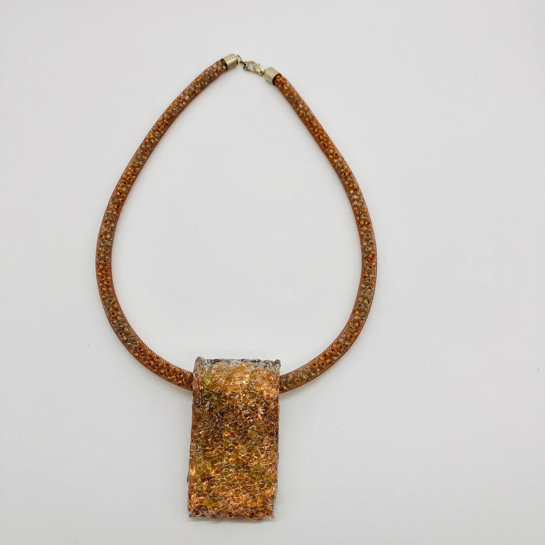 Halskette Mesh gefüllt mit Rocailles mit Anhänger kupfer/transparent