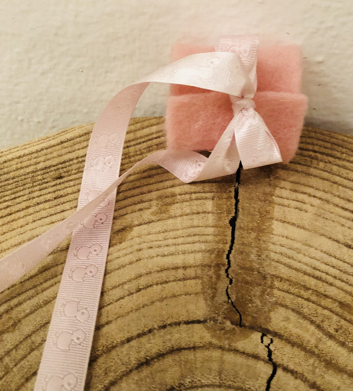 Tropfschutz für Taufkerze Mädchen - Filzmanschette mit Satinband Entchen rosa