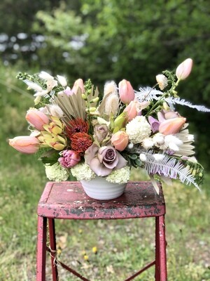 Show off Vase Arrangement