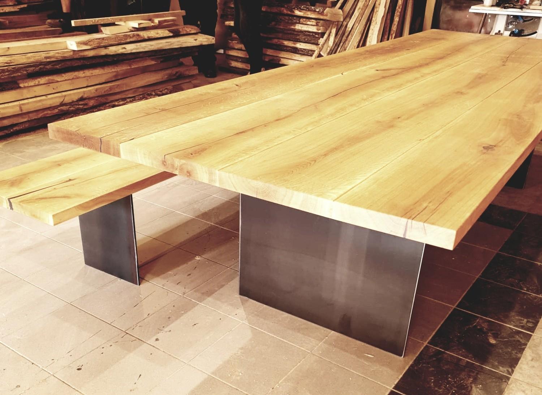 Design Esstisch NICE aus Massivholz