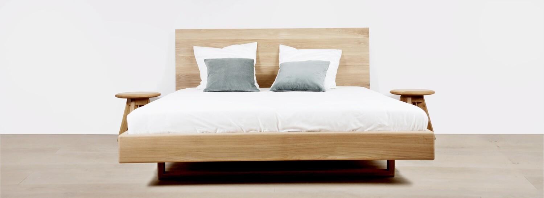 Design Bett Nola aus Massivholz