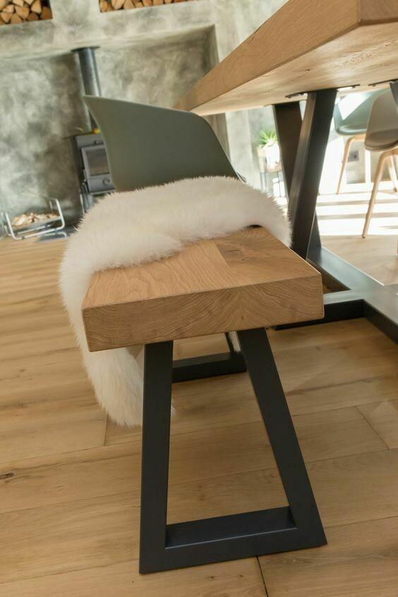 Design Bank Stella aus Massivholz